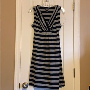 Size S maternity lightweight dress